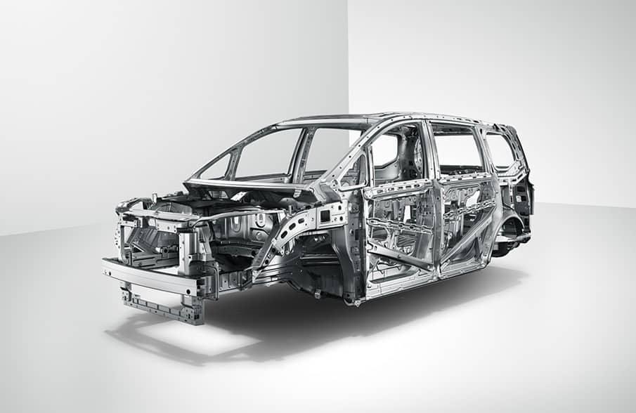 High-strength safe chassis + zero-vibration silent cockpit